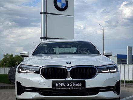 BMW 520 2021 года за 25 200 000 тг. в Уральск – фото 5