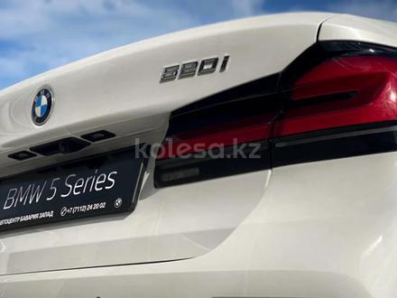 BMW 520 2021 года за 25 200 000 тг. в Уральск – фото 11