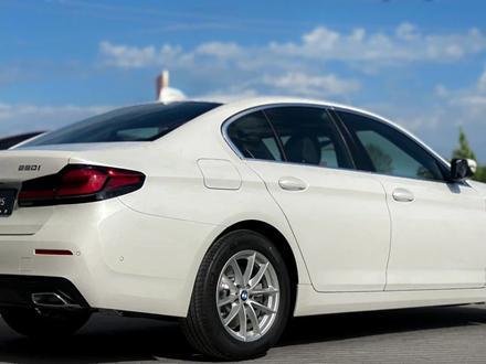 BMW 520 2021 года за 25 200 000 тг. в Уральск – фото 6