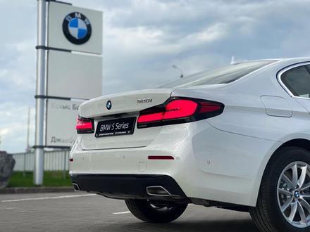 BMW 520 2021 года за 25 200 000 тг. в Уральск – фото 12