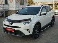 Toyota RAV 4 2017 года за 13 200 000 тг. в Алматы
