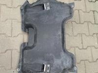 Защита двигателя w219 cls за 15 000 тг. в Алматы