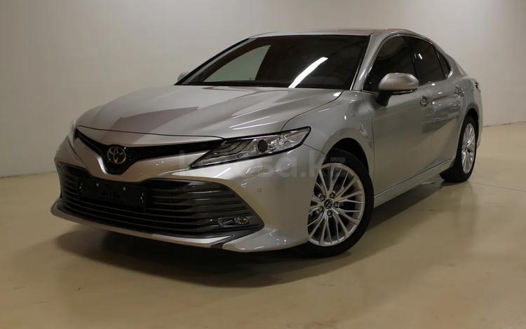 Toyota Camry 2020 года за 18 500 000 тг. в Алматы