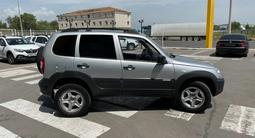 Chevrolet Niva 2013 года за 3 100 000 тг. в Караганда – фото 4