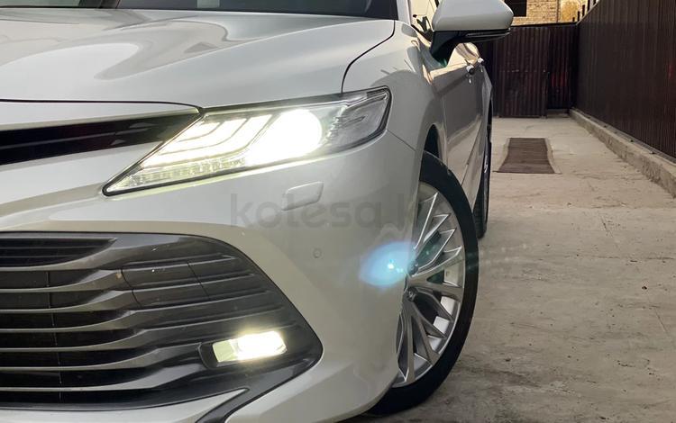 Toyota Camry 2020 года за 14 300 000 тг. в Кызылорда