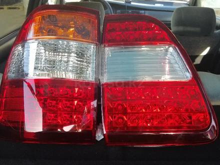 Фара фонарь тойота Ленд Крузер 100 за 22 000 тг. в Актау – фото 3