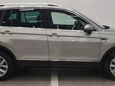 Volkswagen Tiguan 2018 года за 11 500 000 тг. в Костанай – фото 18