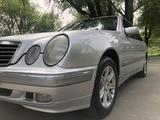 Mercedes-Benz E 240 2000 года за 4 500 000 тг. в Алматы – фото 4