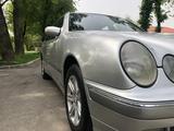 Mercedes-Benz E 240 2000 года за 4 500 000 тг. в Алматы – фото 5