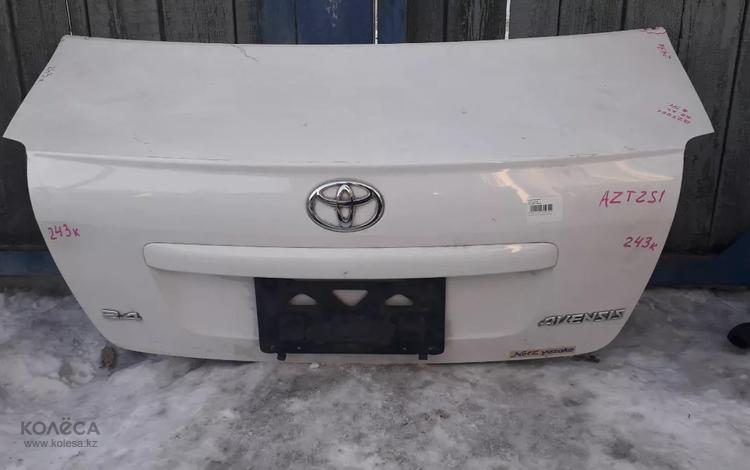 Крышка багажника на Toyota Avensis седан (2003-2008 год) б у… за 35 000 тг. в Караганда