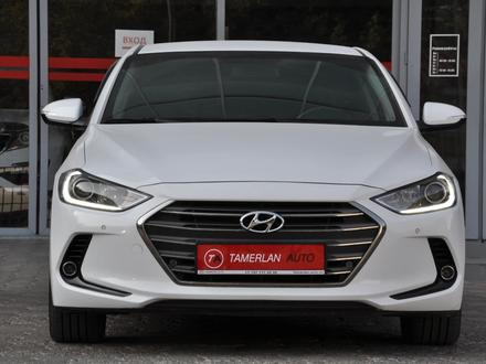 Hyundai Elantra 2018 года за 9 050 000 тг. в Шымкент – фото 2
