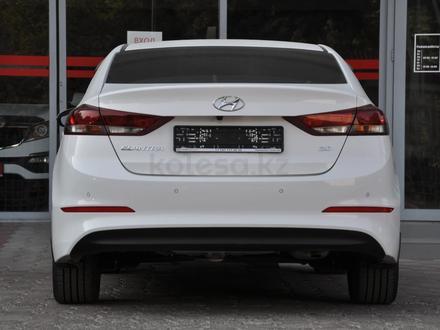 Hyundai Elantra 2018 года за 9 050 000 тг. в Шымкент – фото 4