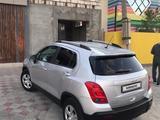 Chevrolet Tracker 2013 года за 3 500 000 тг. в Атырау – фото 2