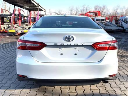 Toyota Camry 2020 года за 14 050 000 тг. в Алматы – фото 5