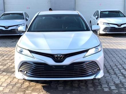 Toyota Camry 2020 года за 14 050 000 тг. в Алматы – фото 42