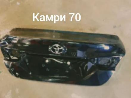 Крышка багажника за 52 000 тг. в Караганда