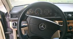 Mercedes-Benz E 300 1992 года за 1 300 000 тг. в Алматы – фото 5