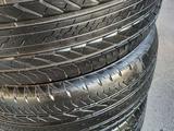 Шины в хорошем состоянии привозное Bridgestone 2017 год за 135 000 тг. в Алматы – фото 4