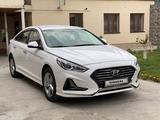 Hyundai Sonata 2019 года за 8 000 000 тг. в Алматы – фото 2