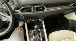 Mazda CX-5 2018 года за 13 100 000 тг. в Алматы – фото 4