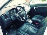 Chevrolet Captiva 2008 года за 5 500 000 тг. в Уральск – фото 3