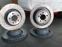 Тормозные диски Range Rover за 28 000 тг. в Алматы