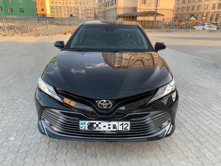 Toyota Camry 2019 года за 14 000 000 тг. в Актау