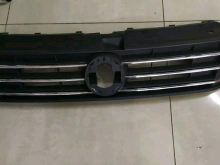 Решётка радиатора Volkswagen Polo за 15 000 тг. в Нур-Султан (Астана)