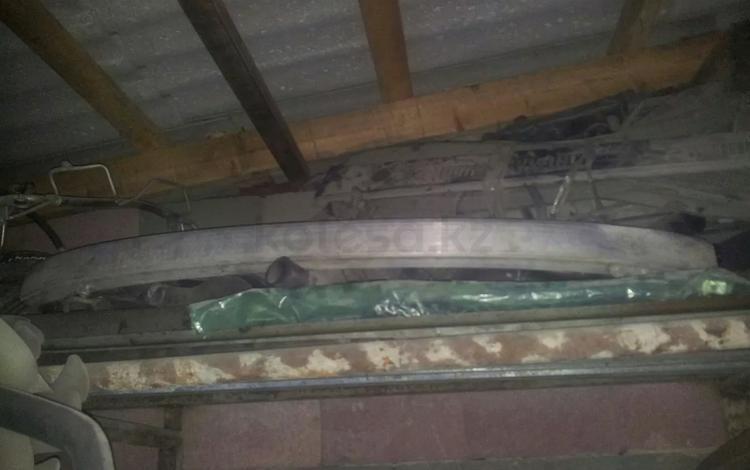 Уселитель заднего бампера мерседес W 221 за 40 000 тг. в Алматы
