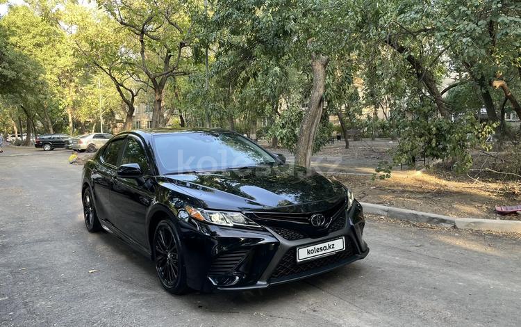 Toyota Camry 2019 года за 12 900 000 тг. в Алматы