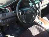 Toyota Camry 2014 года за 9 400 000 тг. в Атырау – фото 2
