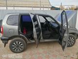 Chevrolet Niva 2006 года за 1 650 000 тг. в Уральск – фото 3