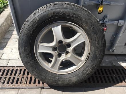 Диски с летними шинами на Hyundai 225/70 R16 за 80 000 тг. в Алматы – фото 2