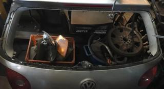 Дверь багажника на гольф 5 за 40 000 тг. в Алматы