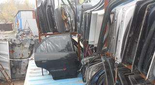 Дверь Lexus IS за 15 000 тг. в Алматы