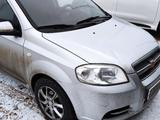 Chevrolet Aveo 2013 года за 2 600 000 тг. в Атырау – фото 2