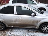 Chevrolet Aveo 2013 года за 2 600 000 тг. в Атырау – фото 4
