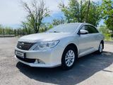 Toyota Camry 2013 года за 8 700 000 тг. в Шымкент – фото 2