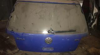 Крышка багажника на фольксваген Гольф 4, 2000 г за 30 000 тг. в Алматы