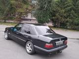 Mercedes-Benz E 200 1995 года за 1 450 000 тг. в Павлодар – фото 3