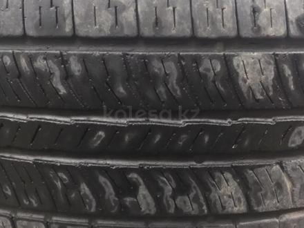 Шины R16 с дисками на крузак за 50 000 тг. в Актобе – фото 2