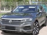 Volkswagen Touareg 2018 года за 27 500 000 тг. в Костанай