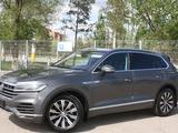 Volkswagen Touareg 2018 года за 27 500 000 тг. в Костанай – фото 4