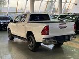 Toyota Hilux 2021 года за 22 800 000 тг. в Алматы – фото 4