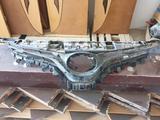 Решетка радиатора на камри 70 за 55 000 тг. в Актау