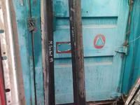 Пороги. Обвес на галант Акула за 666 тг. в Алматы