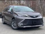 Toyota Sienna 2021 года за 29 000 000 тг. в Алматы
