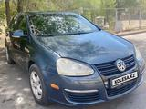 Volkswagen Jetta 2005 года за 2 600 000 тг. в Талдыкорган – фото 2