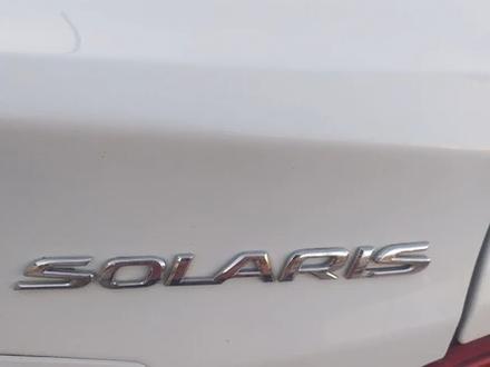 Hyundai Solaris 2014 года за 4 000 000 тг. в Жанаозен – фото 2