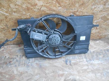 Диффузор радиатора вентилятора Volvo v50 за 60 000 тг. в Алматы – фото 2